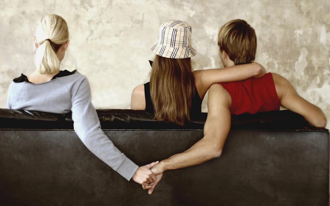 Faktor Penyebab Perselingkuhan Yang Sering Terjadi
